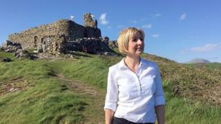 Sian Lloyd, Real North Wales