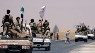 نییروهای مخالف داعش در رقه که مورد حمایت آمریکا هستند