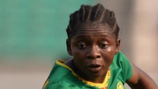 La Camerounaise, Ngo Mbeleck, est la buteuse du match face à l'Afrique du Sud.