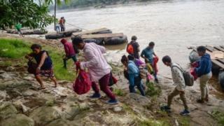 'Yan gudun hijira daga Guatemala kan hanyarsu ta zuwa Amurka