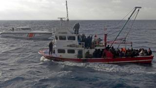 Turkey officials dey escort Illegal migrants as dem reach Mersin for Turkey