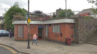 Station Terrace public toilets