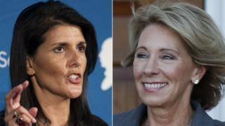 Nikki Halley (solda) və Betsy DeVos Senatın təsdiqindən sonra vəzifələrə təyin olunacaq
