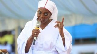 Grace Mugabe, ta samu takardar kammala karatun digirin digirgir a cikin watanni uku