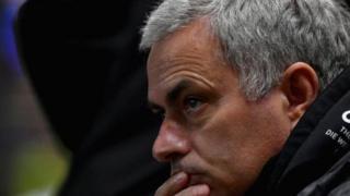 Jose Mourinho alionekana kujaa wasiwasi wakati mechi hiyo ilipoendelea