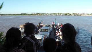 Campuchia - cảnh trên sông Mekong