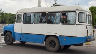 Soldados em Tiraspol, capital da Transnístria