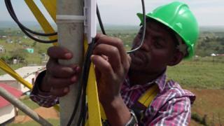 Técnico en torre de telecomunicaciones
