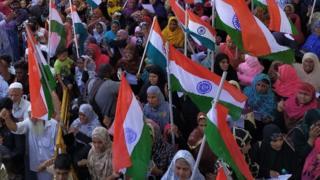 சி.ஏ.ஏ எதிர்ப்பு: மீண்டும் தொடங்கியது போராட்டம்; ட்விட்டரில் ட்ரெண்டாகும் ChennaiShaheenBagh