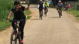 Hành trình xuyên Việt bằng xe đạp của những người nước ngoài