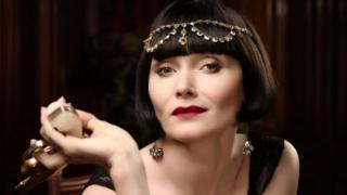 A portrait of actor Essie Davis as Miss Fisher in Miss Fisher's Murder Mysteries
