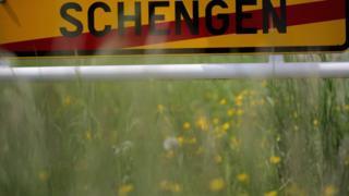 выезд из города Шенген