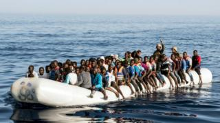 Migrant boat off Libyan coast, 27 Jun 17