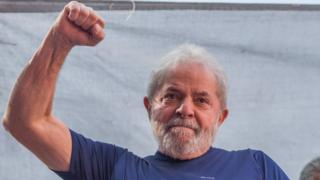 Lula durante un miting electoral.