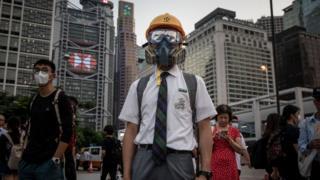香港中学生。