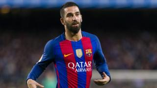 Arda Turan on the pitch during a Barcelona game