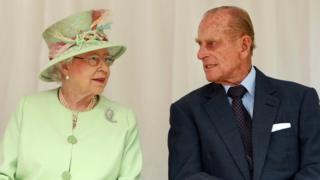 پرنس فیلیپ و ملکه الیزابت دوم