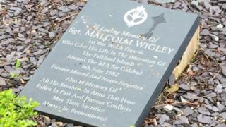 Connah's Quay memorial to Sgt Malcolm Wigley