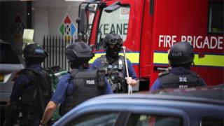Counter-terrorism police in London Bridge