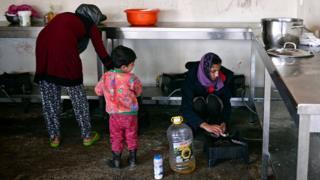 د ډوبلن هوکړه وايي، د یوه کډوال د پناه غوښتنې بهیر باید په هغه اروپايي هېواد کې پرمخ ولاړ شي چې لومړی وردننه کېږي.
