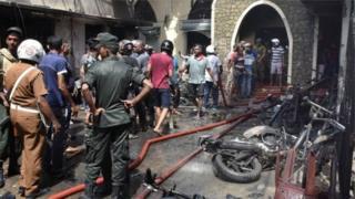 Руїни після вибуху на Шрі-Ланці