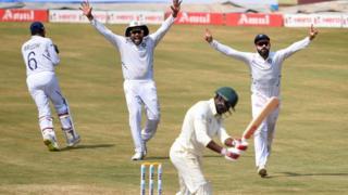 ભારતે દક્ષિણ આફ્રિકાને 203 રને હરાવ્યું