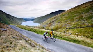Cyclists in the Scottish Borders