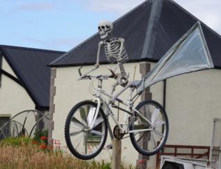 Skeleton scarecrow