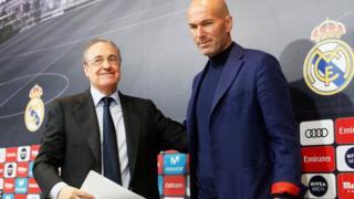 Rais wa Real Madrid Florentino Perez (lkushoto) na aliekuwa mkufunzi wa Real Madrid Zinedine Zidane