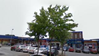 Bramley Shopping Centre, Leeds