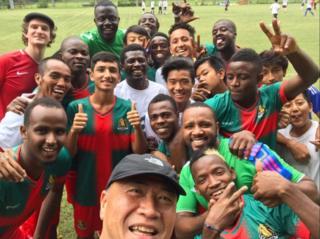 Umugwi w'umupira w'amaguru All Black FC wiyaguye winjizamwo abenegihugu ba Hong Kong n'izindi nkehwa