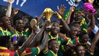 """Selon les principaux agents, les joueurs africains seront """"plus attractifs"""" pour les clubs européens car la Coupe d'Afrique des nations (CAN) aura lieu dorénavant en été."""