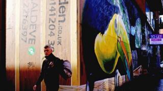 Mural in Dunlop Street