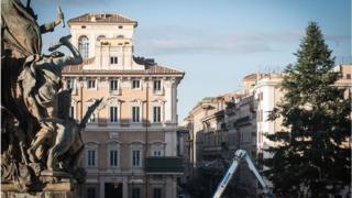 البيوت مرآة لصاحبها أم لهوية المدينة؟