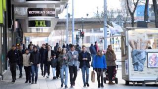 خیابانی در استکهلم، یکشنبه ۵ آوریل