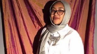 نبرا، دختر مسلمان آمریکایی