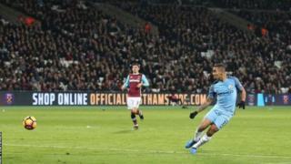 Gabriel Jesusu akiifungia Manchester City bao lake la kwanza