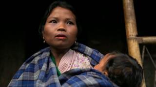 mães de vilarejo na india chamam filhos por canções