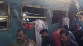 Harabeye dönen trenlerde yüzden fazla kişi yaralandı