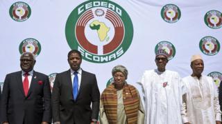 Sierra Leon's President Ernest Bai Koroma, President of ECOWAS Marcel Alain de Souza, Liberian President Ellen Johnson Sirleaf, Nigerian President Muhammadu Buhari and Guinean President Alpha Conde