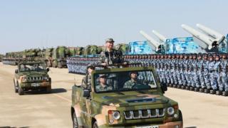7月30日上午,中国人民解放军建军90周年阅兵在朱日和联合训练基地举行。
