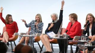 Cənab Gabriel-in bu tənqidi İvanka Trump-ın Berlində keçirilən W20 sammitində iştirakının dərhal ardınca səslənib.