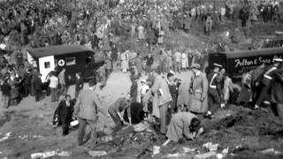 Scene of 1952 Farnborough Airshow crash