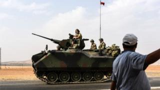 Турецкая бронетехника отправляется в Сирию (26/08/16)