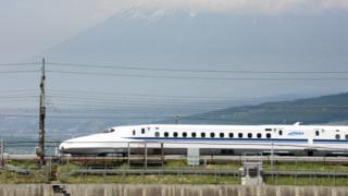 Залізничне сполучення в Японії вважається одним із найнадійніших у світі