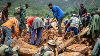 Destruction wey Cyclone Idai cause