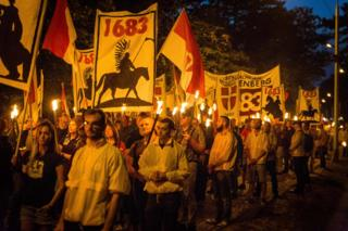 """مظاهرة """"للحركة الهوياتية"""" جرت في عام 2017 في المكان الذي دارت فيه معركة فيينا عام 1683"""