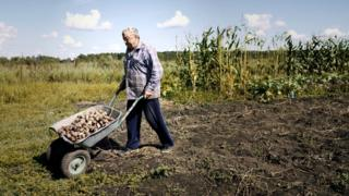in_pictures Residents in Maksimovka complain that young people tend to head to the cities, leaving only pensioners behind