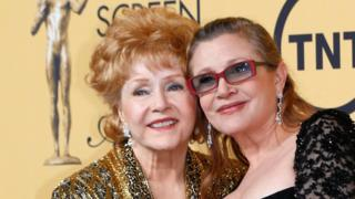 Debbie Reynolds y Carrie Fisher