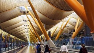 Ngay cả các biện pháp an ninh sân bay có vẻ khắc nghiệt nhất cũng hiếm khi tạo ra sự khác biệt